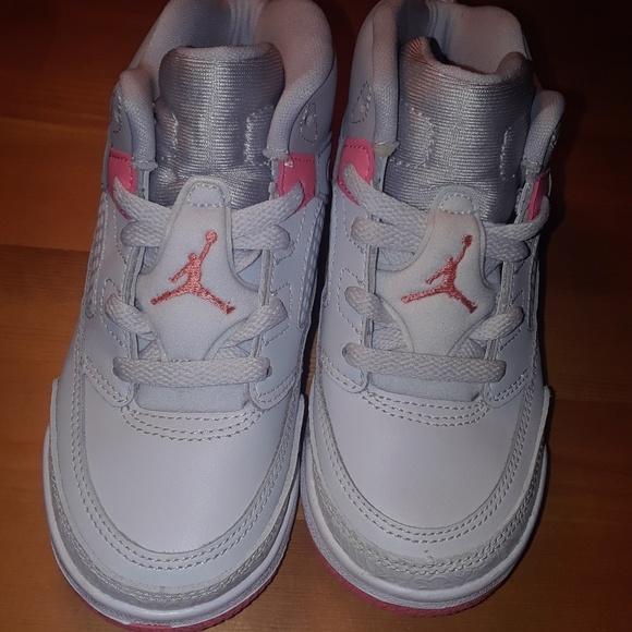 0ff7dddb4fe4cb Jordan Other - Girls Jordan s Spizike (I) size 10C